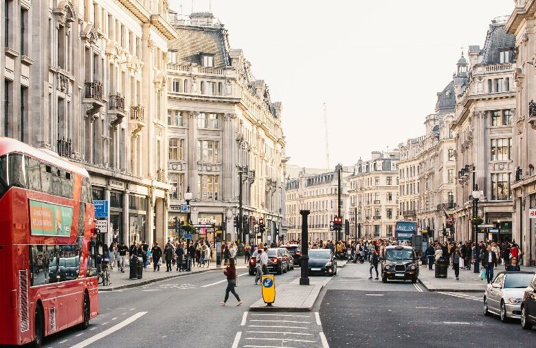 The Common Mistakes People While Visiting London for the First-time